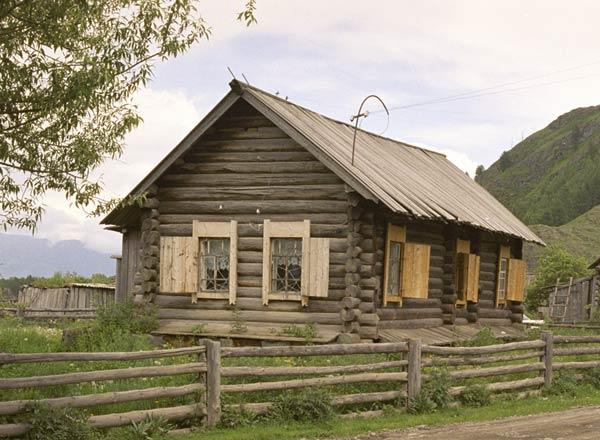 Здание музея старообрядческой культуры в Верхнем Уймоне